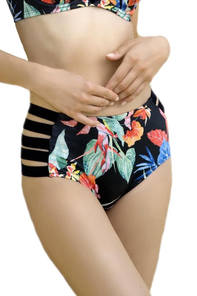 be82d2b3f22c60 Dalia Anak czarny-kwiaty figi maxi z paskami do stroju kąpielowego. Loading  zoom
